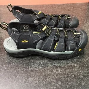 Keen Mens Newport H2 Sandals 10.5 Black